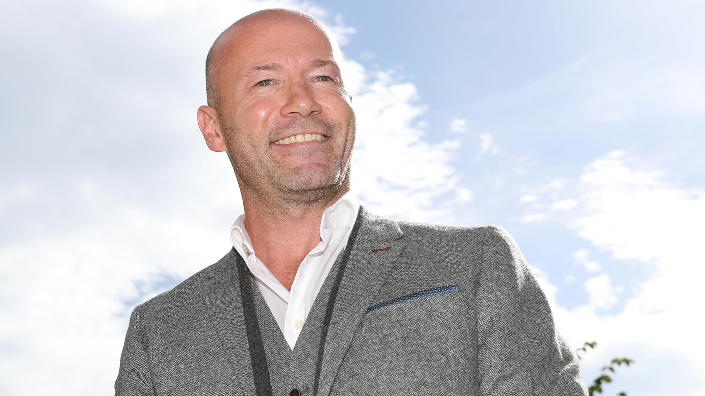 Alan Shearer agrees deal in High Court damages claim over financial advice